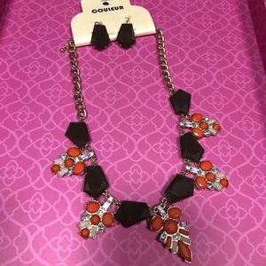 Statement necklace & earrings set